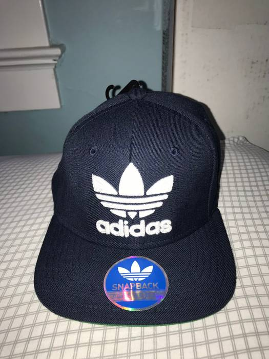 Adidas Navy Blue Adidas SnapBack Size one size - Hats for Sale - Grailed ea8166683ce