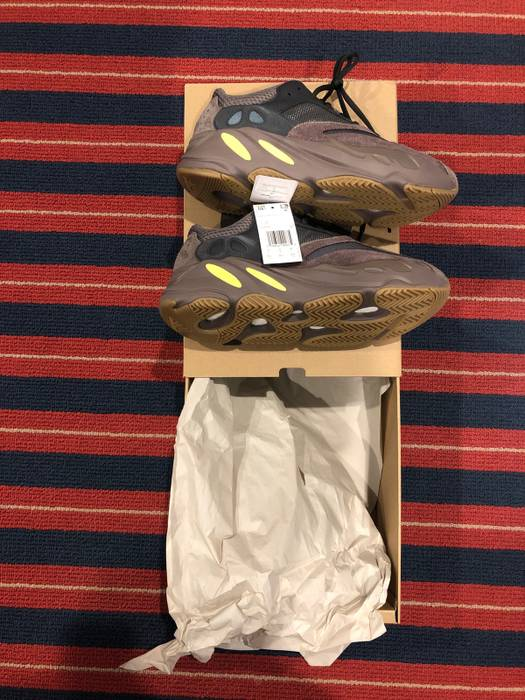 30f781867 Kanye West Yeezy 700 Mauve Size 8.5 - Low-Top Sneakers for Sale ...