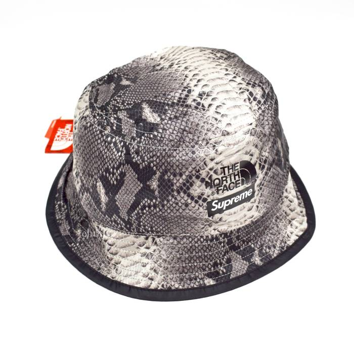 Supreme Snakeskin Print Bucket Hat Black DS Size one size - Hats for ... d40fdc3959e