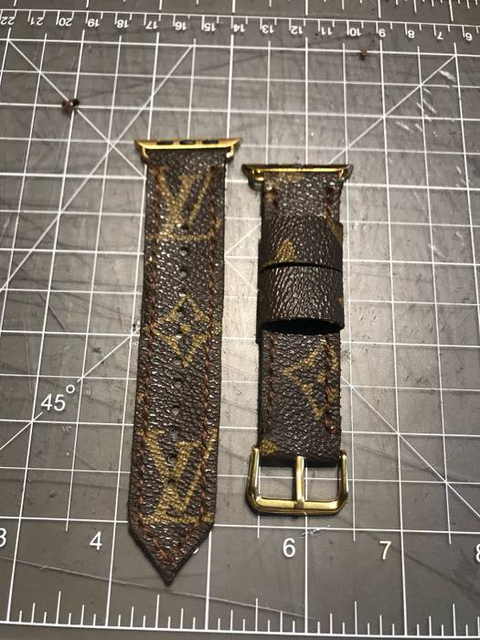 a655666767c Louis Vuitton Louis Vuitton Apple Watch Band Size one size - Jewelry ...
