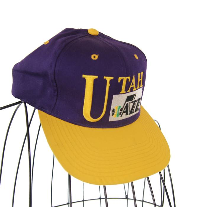 Vintage Utah Jazz Embroidered Snapback Hat Size one size - Hats for ... 269f71e43955