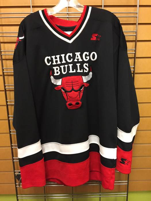Vintage Vintage Chicago Bulls Starter Hockey Jersey Size US L   EU 52-54   c42ace209c4