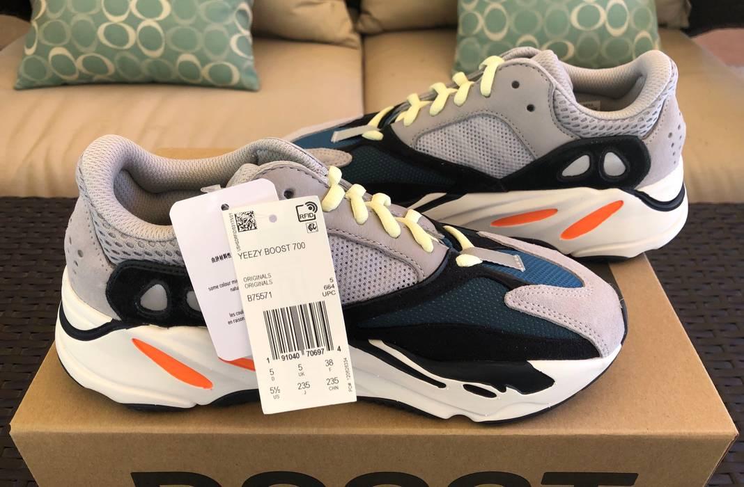 ba29fcd3359 Adidas Yeezy Boost 700 Wave Runner Size 5.5 Size US 5.5   EU 38 - 1