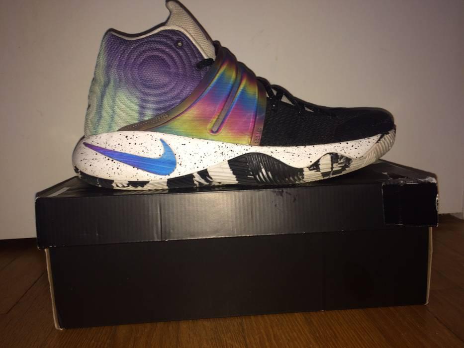 Nike Nike ID Kyrie 2 Custom Size 13 FIT LIKE 12 Size 13 - Hi-Top ... 8355095d3