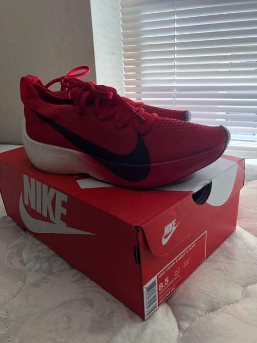 894f998f0a00 Nike Nike Vapor Street Flyknit Size 8.5 - Low-Top Sneakers for Sale ...