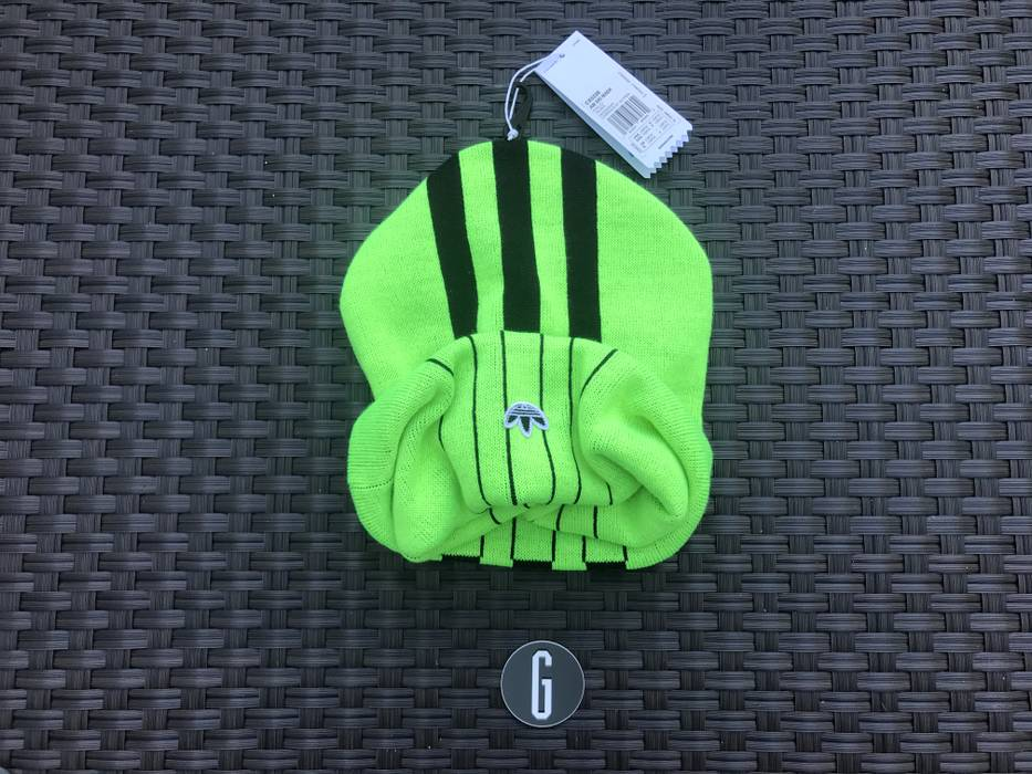 Adidas ADIDAS ORIGINALS BY AW MASK BEANIE NEON Size one size - Hats ... 9a49f382851