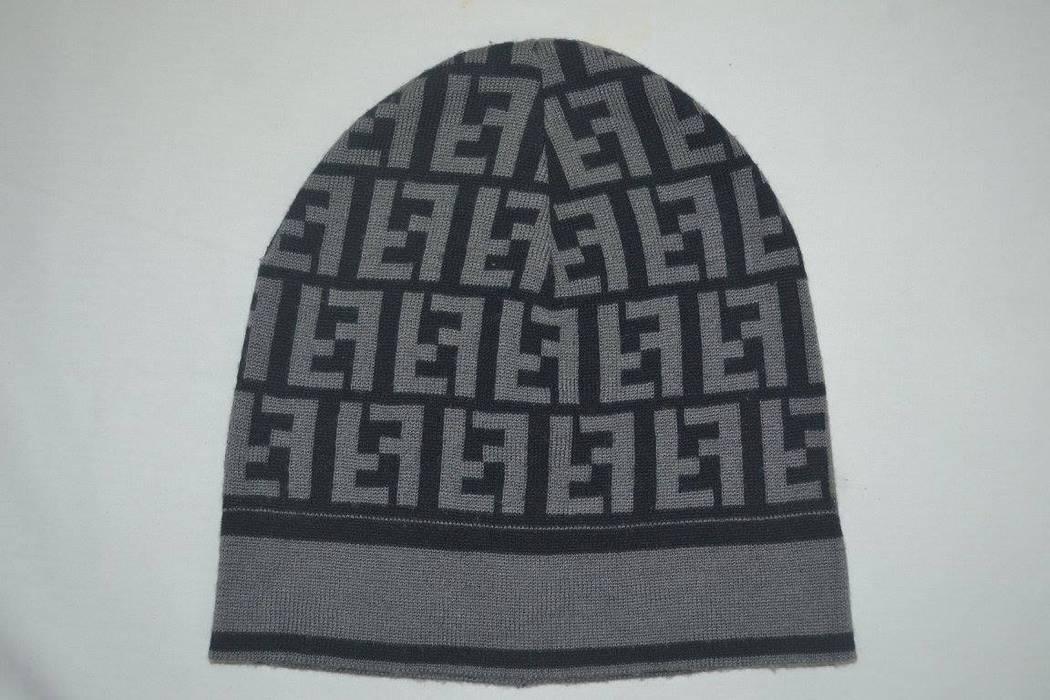 Fendi Vintage Fendi Roma monogram Snow beanie hat Size one size ... c07ec5f35bf