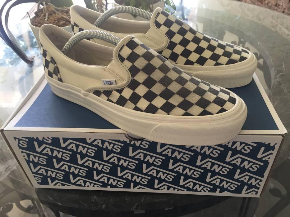 7b9d453a09b6 Vans Checkerboard Slip On (read description) Size 9.5 - Low-Top ...