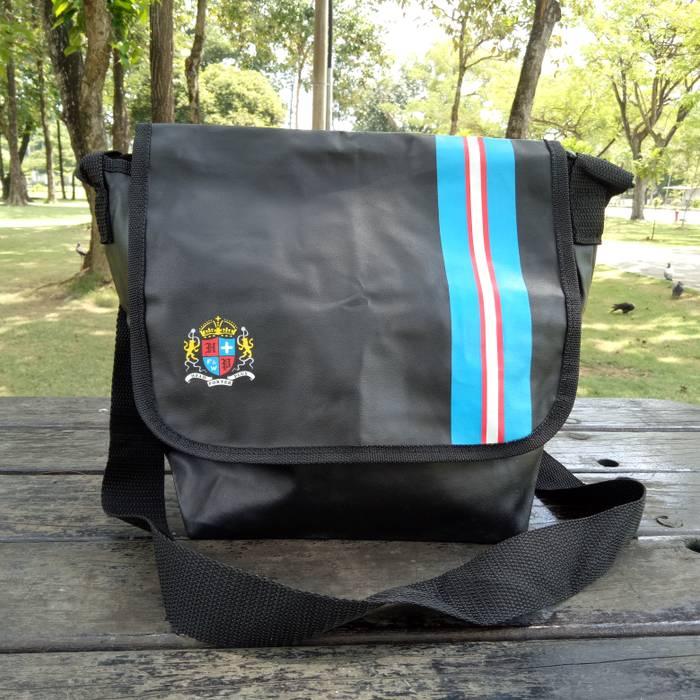 f3f7e2244b Head Porter Head Porter Plus Crossbody Bag Magazine Appendix Size ...