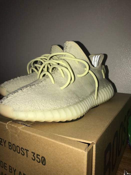fb0dc7476c0e Yeezy Boost Yeezy 350 V2 Butter Size 9.5 - Low-Top Sneakers for Sale ...