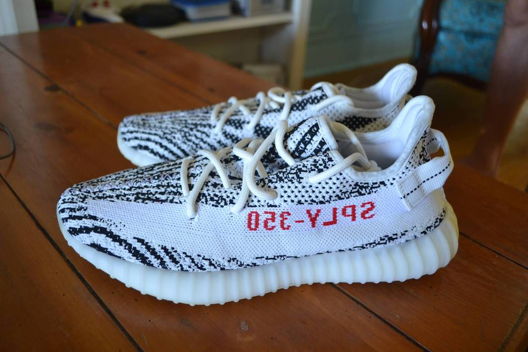 1c4959f30a0c73 Adidas Yeezy Boosts 350 V2 Zebra Size 9.5 - Low-Top Sneakers for ...