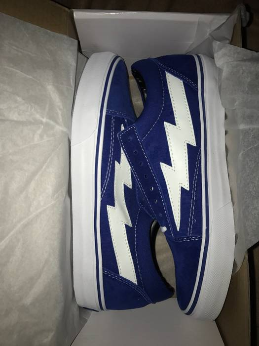 c083d7fb65897f Ian Connor Blue Revenge x Storm II Volume 1 Size 9 - Low-Top ...