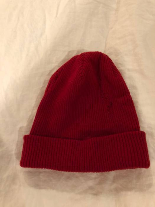 John Elliott Destroyed Beanie Size one size - Hats for Sale - Grailed 22824ad65ed1