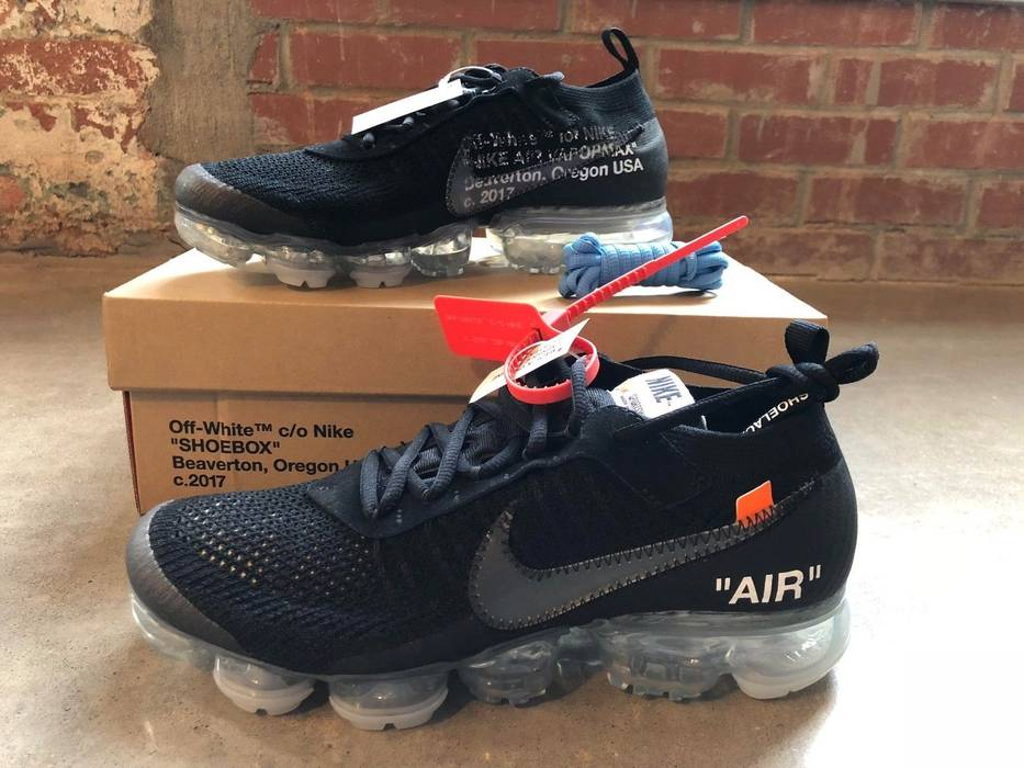 Nike OFF-WHITE Air VAPORMAX BLACK AA3831-002 Size 10 - Low-Top ... 0949788f9