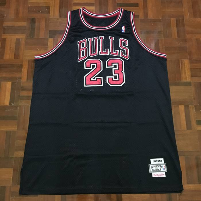 86b354250 Chicago Bulls Michael Jordan Chicago Bulls  23 NBA Jersey Hardwood ...