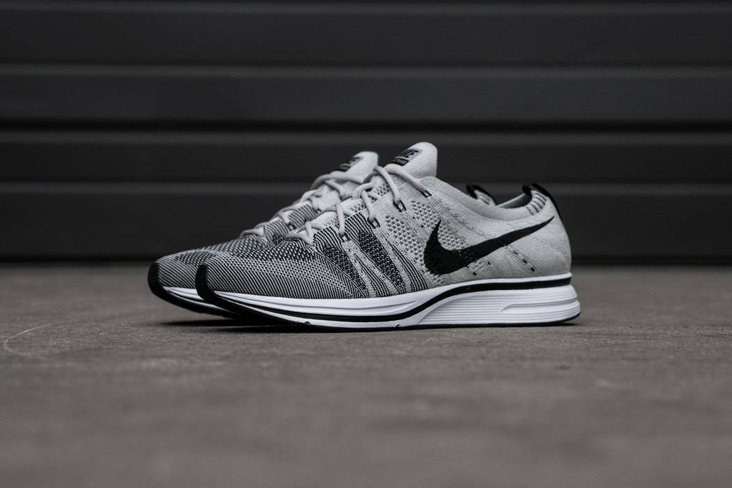 6bdf5b57d64f04 Nike Flyknit Trainer Pale Grey Size 9.5 - Low-Top Sneakers for Sale ...
