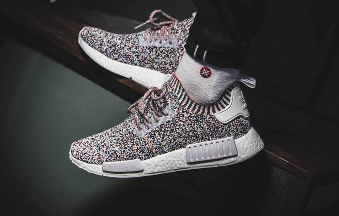 10bd8c1f1fdd5 Adidas NMD R1 Primeknit Colour Static Size 9 - Low-Top Sneakers for ...