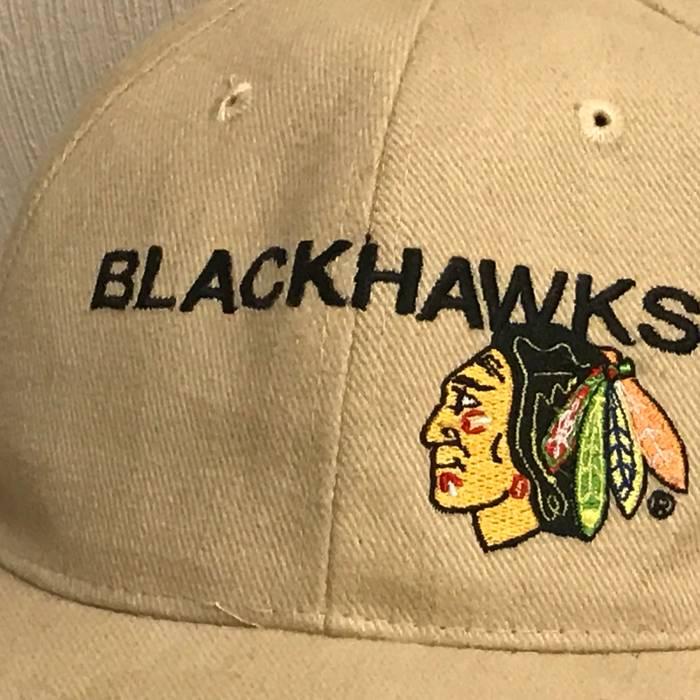Vintage Vintage CHICAGO BLACKHAWKS Hockey NHL Dad Hat Size one size ... 9002402ccf99