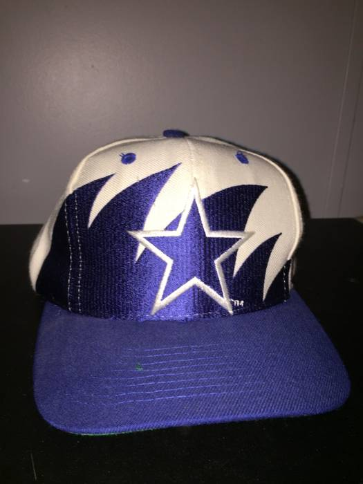 3a837e591 Vintage 90 s Dallas Cowboys Logo Athletic Vintage SnapBack Size ONE SIZE