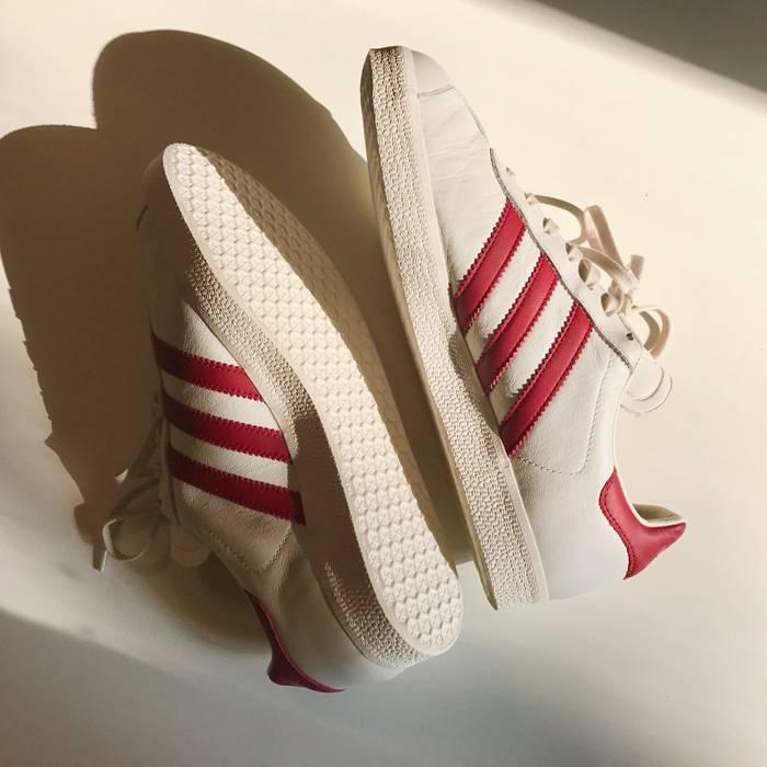separation shoes fe78e d6dda Adidas Adidas Originals Gazelle Moscow GTX Size US 8.5  EU 41-42 - 1