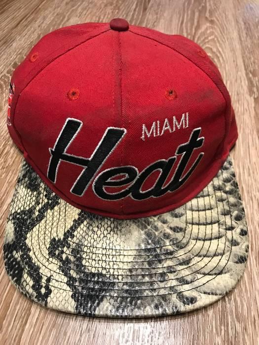 Mitchell   Ness Miami Heat Custom Ball Cap Size one size - Hats for ... 5297e4cba04