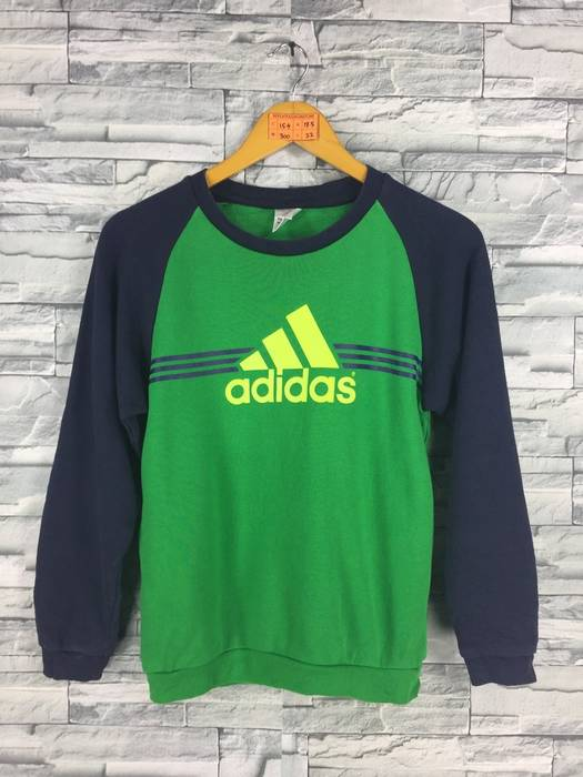 Adidas NEED GONE TODAY !! GRAB NOW !! Vintage 90s ADIDAS Equipment ... 595fa9b57