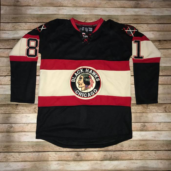 Reebok Men s Reebok Chicago Blackhawks Marian Hossa  81 NHL Throwback Black  Jersey Size 50 Size bb560d388d1