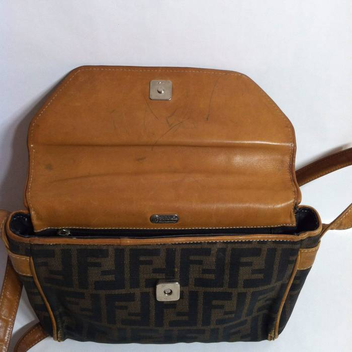 82872142541 Fendi 🔴Last Price Drop 🔴 Vintage Fendi Crossbody Bag Size one size ...