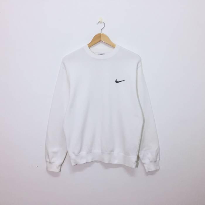 d1fc7d7f06 Nike. Nike Sweatshirt Embroidery Small Logo White. Size  US S ...