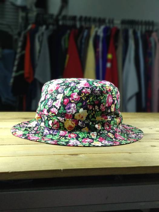 Kenzo Final Drop   Kenzo Paris Floral Bucket Hat   Fullprint Size ... cd8941a8d33
