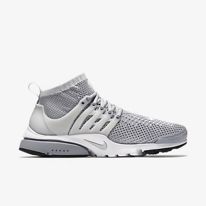 43f79bdb1b Nike NIKE AIR PRESTO ULTRA FLYKNIT Size 9 - Low-Top Sneakers for ...