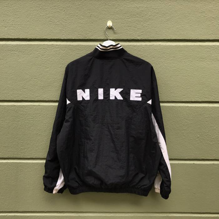 Nike Vintage Nike Embroidered Big Logo Half Zipper Windbreaker Jacket Size  US M   EU 48 92579b885