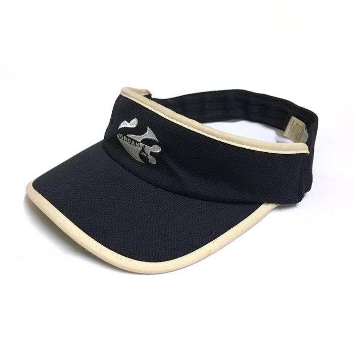Nike Sun Visor Hat Size one size - Hats for Sale - Grailed 52035cea9eab
