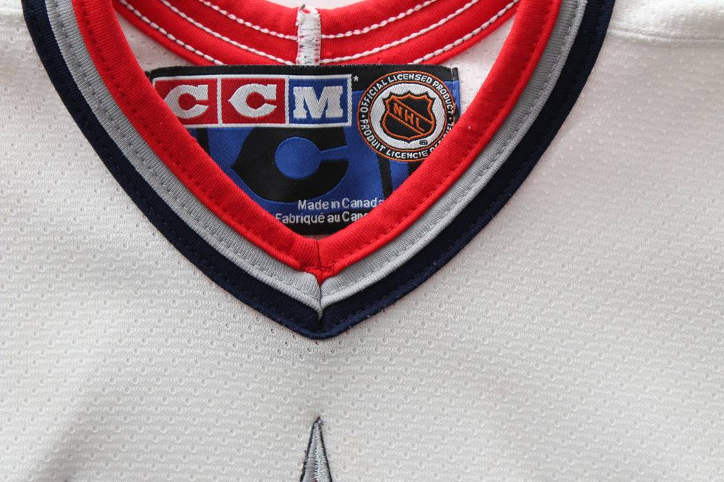 Ccm New York Rangers CCM NHL Jersey Size L (BOYS) White Made In Canada 701a1f193