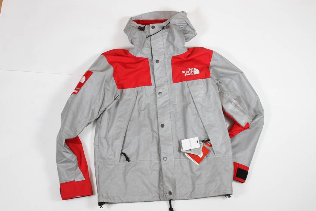 3cc67766bc45 Supreme × The North Face. One and only price drop! 3M Reflective Mountain  Parka Jacket Red. Size  US M   EU 48-50 ...