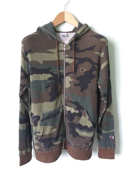 6b40dd9b39e4 Champion Camo Hoodie Size m - Sweatshirts   Hoodies for Sale - Grailed