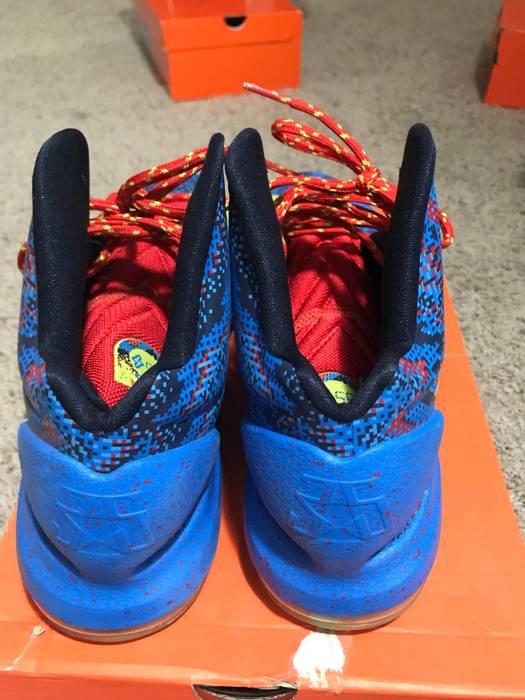 Nike KD V Christmas Size US 10.5 / EU 43-44