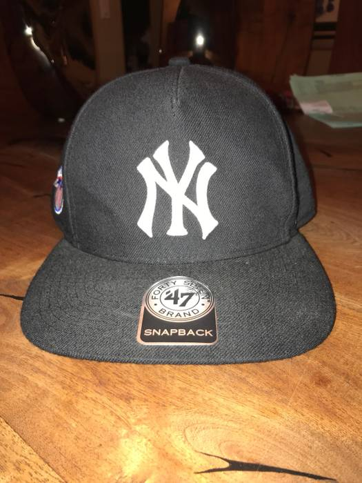 c7b60c9b9c4 Supreme Supreme Yankees 5 Panel Size one size - Hats for Sale - Grailed
