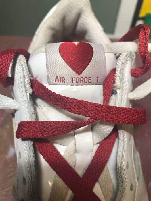 Nike Nike Air Force 1 2004 Valentine S Day Edition Size 11 Low