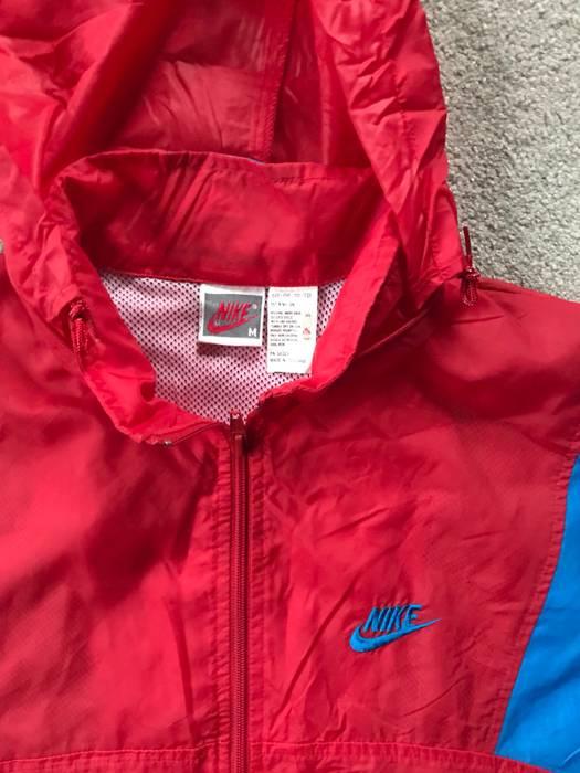 4b788e4095 Nike (Final Price Drop) Vintage 90 s Nike Windbreaker Grey Tag Size US M