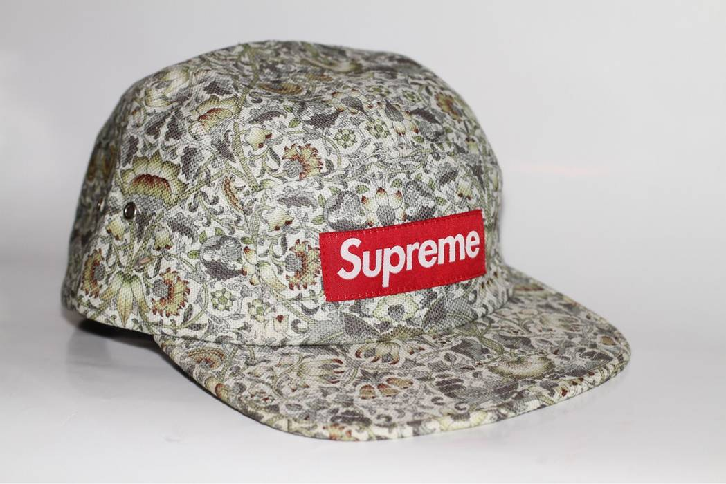 8d405666f82 Supreme Supreme x Liberty Floral Camp Hat Size one size - Hats for ...