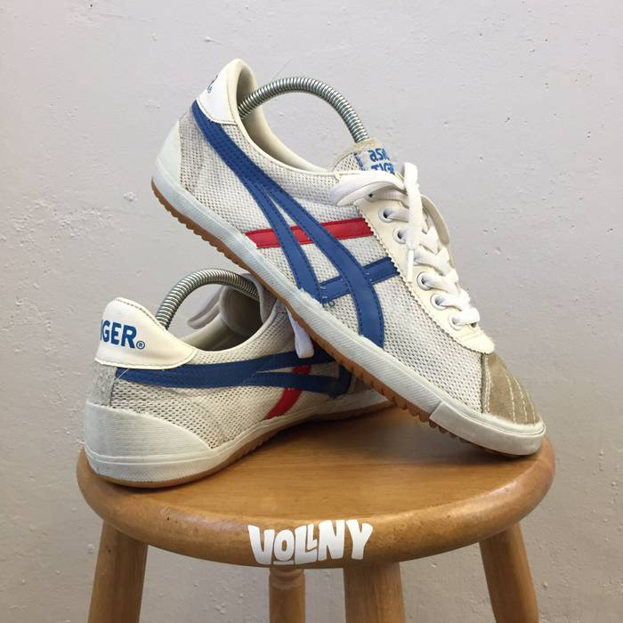 27316a920df Vintage Asics Tiger Vintage Indoor Casuals Sneakers 80s 90s Vtg White Blue  Red Size 9.5 not