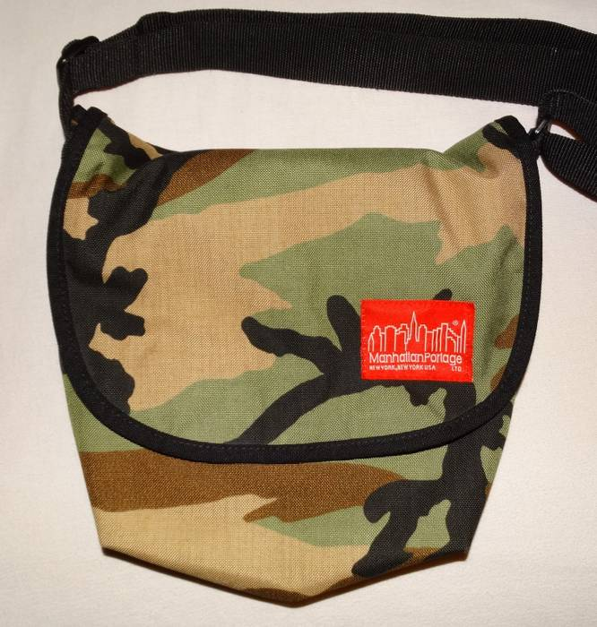 Manhattan Portage Camo Camouflage Should Paper Bag Size One