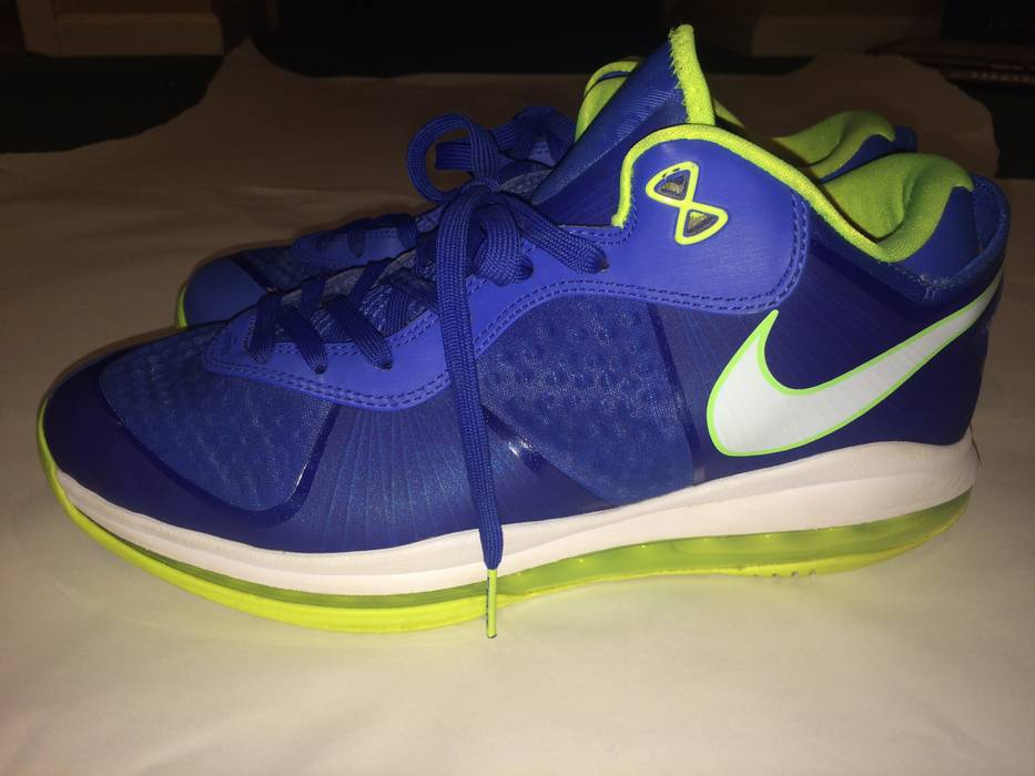 newest collection e9fb9 1918d Nike. LeBron 8 V2 Sprite Low. Size  US 12 ...