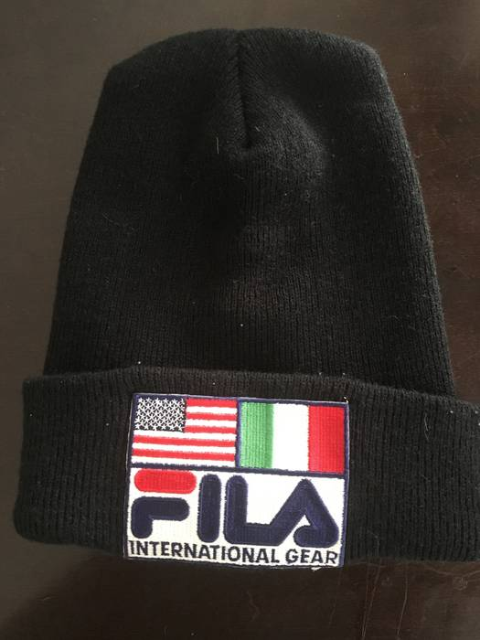 Fila EXTREMELY RARE 80 S FILA INTERNATIONAL GEAR BEANIE SKATER CAP HAT Size  ONE SIZE 227c7aa75537
