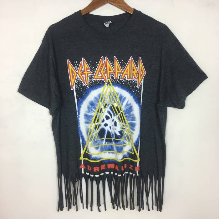 2c46e2099a0 Band Tees Def Leppard By Live Nation Merchadise (Custom Made) Size US L