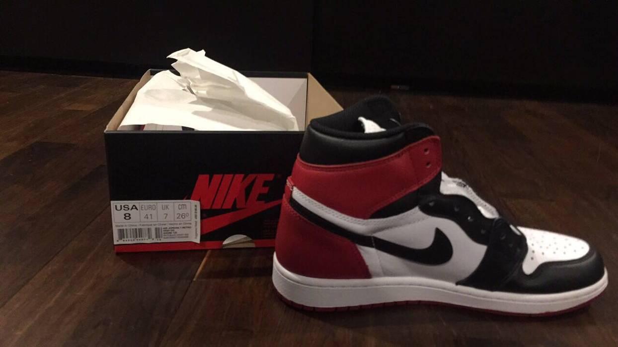 Nike Air Jordan 1 Retro High OG  Black Toe  2016 Size 8 - Hi-Top ... 629f70894