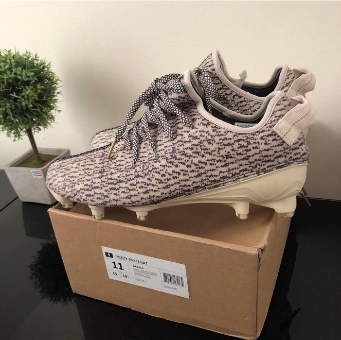 "reputable site fc2f7 416b5 Adidas Kanye West Men s 11 Adidas Yeezy Boost 350 Cleats ""Turtle Dove"" Size  US"