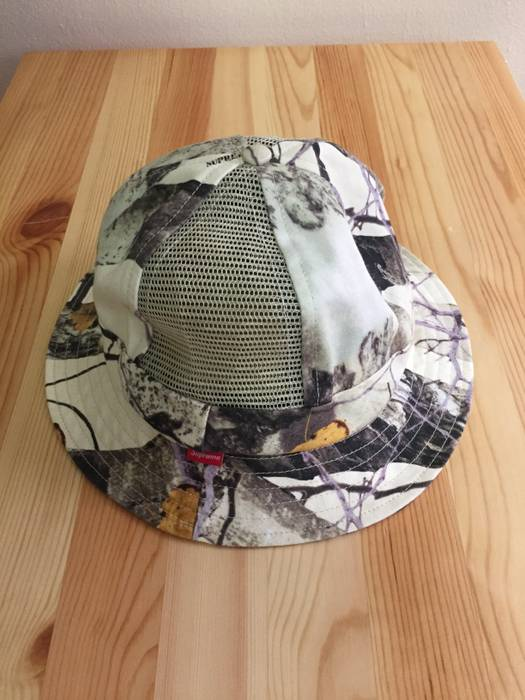 f066412595be8 Supreme Leaf Camo Bucket Hat Size one size - Hats for Sale - Grailed