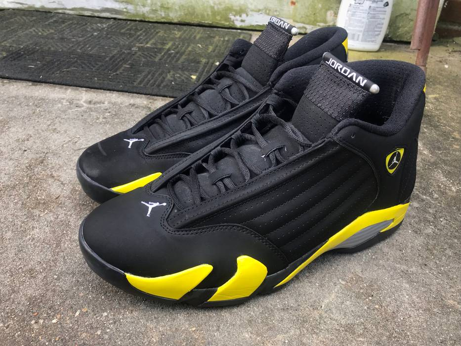 726f09d33515 Nike Jordan XIV (14) Thunder Black Yellow Size 13 - Hi-Top Sneakers ...